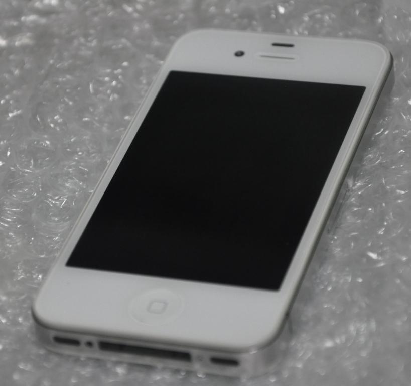 Iphone iphone 4g 4g 16 16 fu white/putih batangan,mulus, murah rekber ok