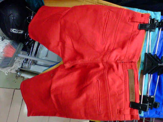 Jeans dan chino pendek dickies dan zara, murah 130rb aja gan free ongkir jabodetabek