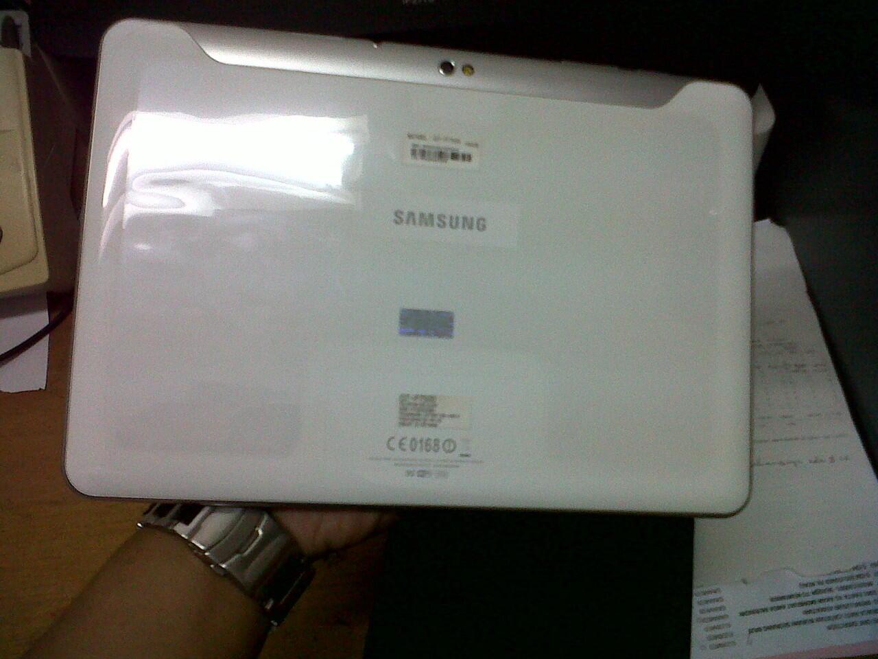 Samsung Galaxy TAB 10.1 P7500 16 GB MULUS bisa TT sama G TAB 7+ P6200