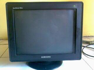 """Jual santai Monitor Samsung SyncMaster 793MG 17""""inch (Black)"""