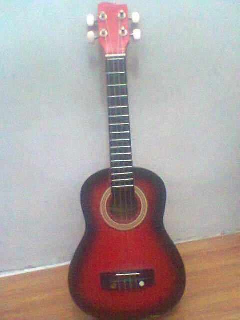 Di Jual Gitar kecil kesayangan ane