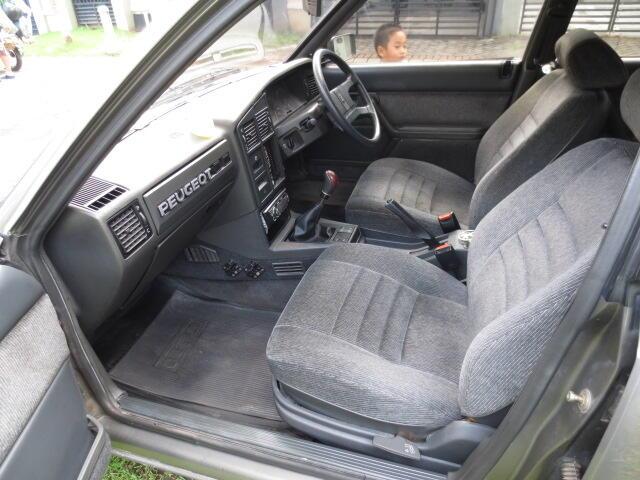 Peugeot 505 GTi ANTIQ Collector Items