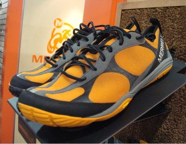 Terjual jual sepatu merrel Road Glove (Vibram)  048fc45e51