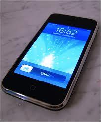 Jual Iphone 3GS 8GB Black FU masih garansi [ Bandung] TT Orlando