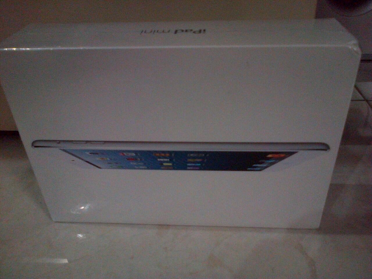 IPAD MINI WIFI + Cellular 16GB White BNIB