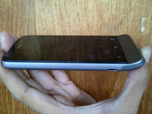 HTC one V bandung