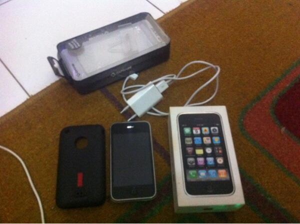 WTS Iphone 3GS 16GB White • BEKASI