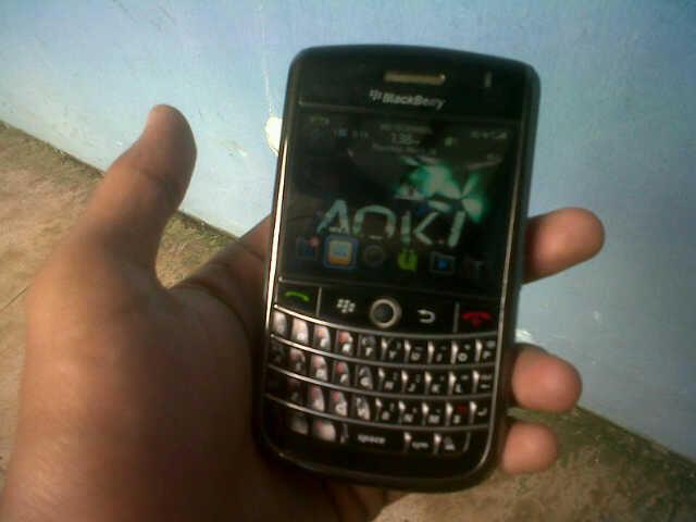 blackberry tour 1 aka 9630