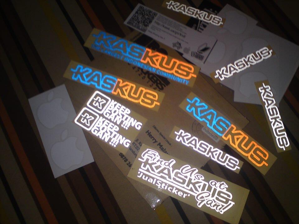 Total 50 sticker Kaskus dan Sticker Apple gratis tiap Minggunya