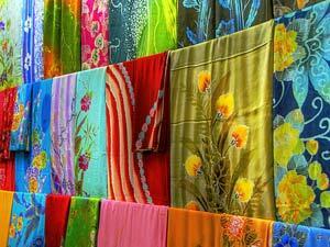 Batik Malaysia vs Batik Indonesia