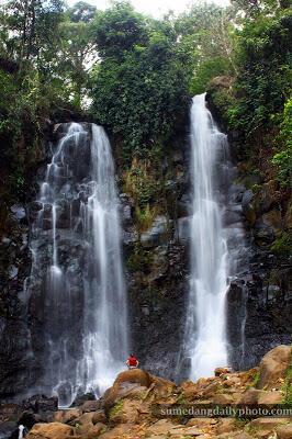 5 Curug (Air Terjun) Eksotis di Sumedang Yang Harus di Kunjungi