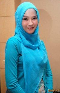10 Keuntungan Wanita Memakai Jilbab +PIC