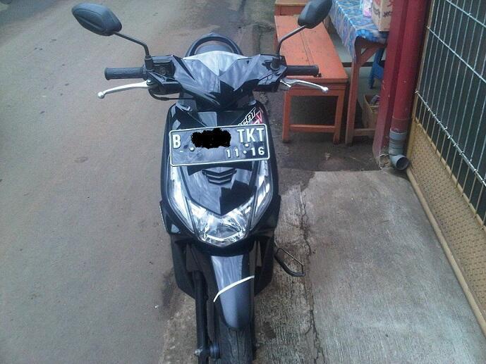 DIJUAL HONDA BEAT HITAM TAHUN 2011 BULAN 11 JAKARTA TIMUR