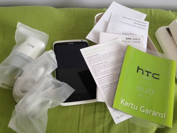 HTC One X Putih 2nd mantap, bukan HTC One X+ n bukan HTC One X grey.