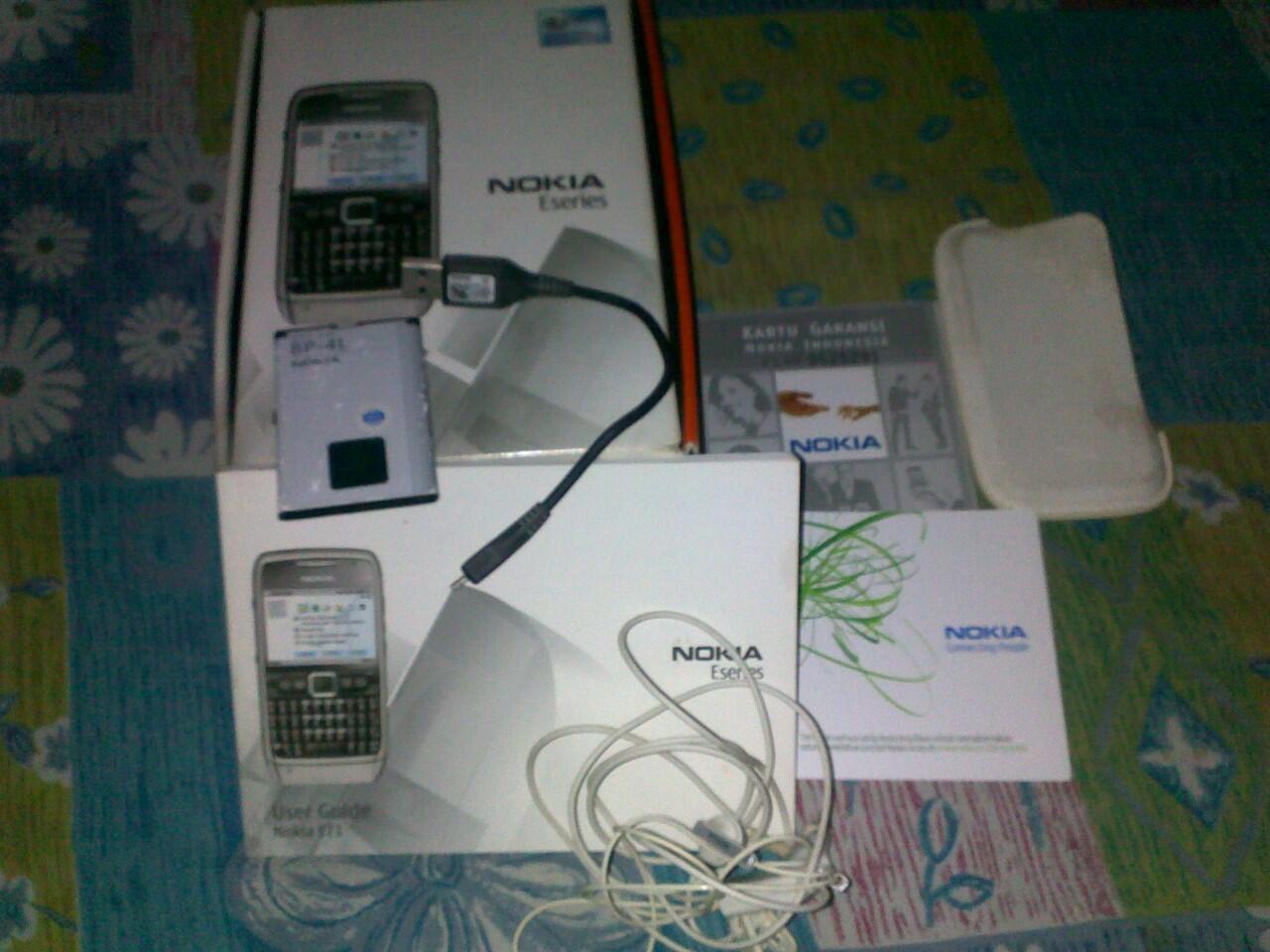 Jual Nokia E71 merah murah ( COD jogja )