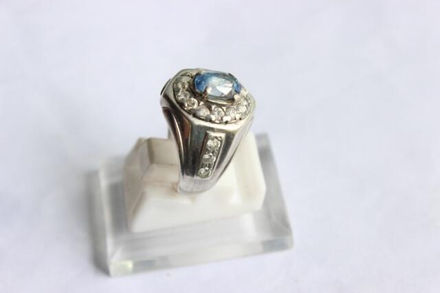 Blue Safir Srilangka light blue