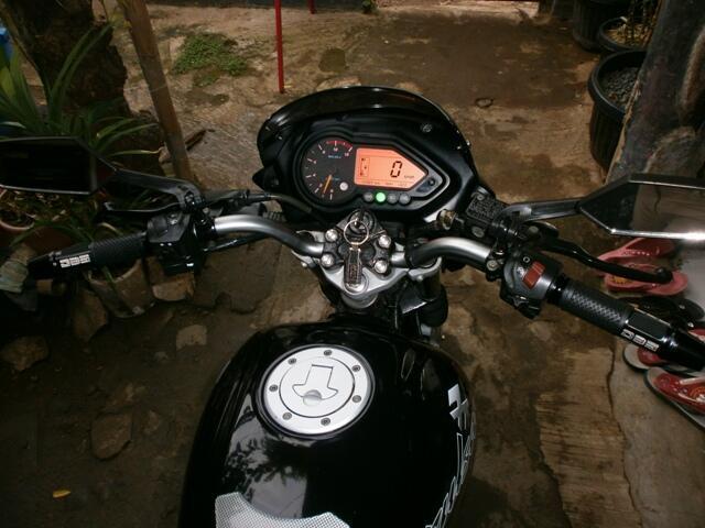 Pulsar 180 UG3 2007 Black motor nya laki