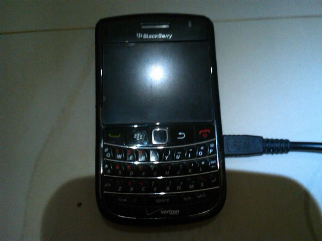 blackberry 9650 essex ex us