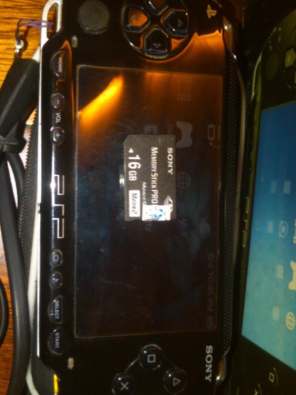 JUAL PSP 1000 (ORI JEPANG) DAN PSP GO.. (SOLO)
