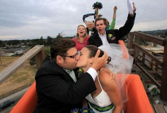 "8 Lokasi pernikahan ""Anti Mainstream"" dan tak biasa"