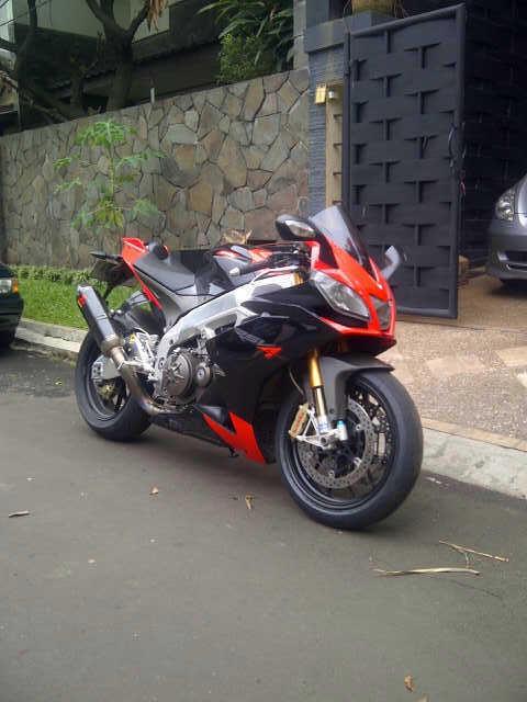 For Sale Aprilia RSV4