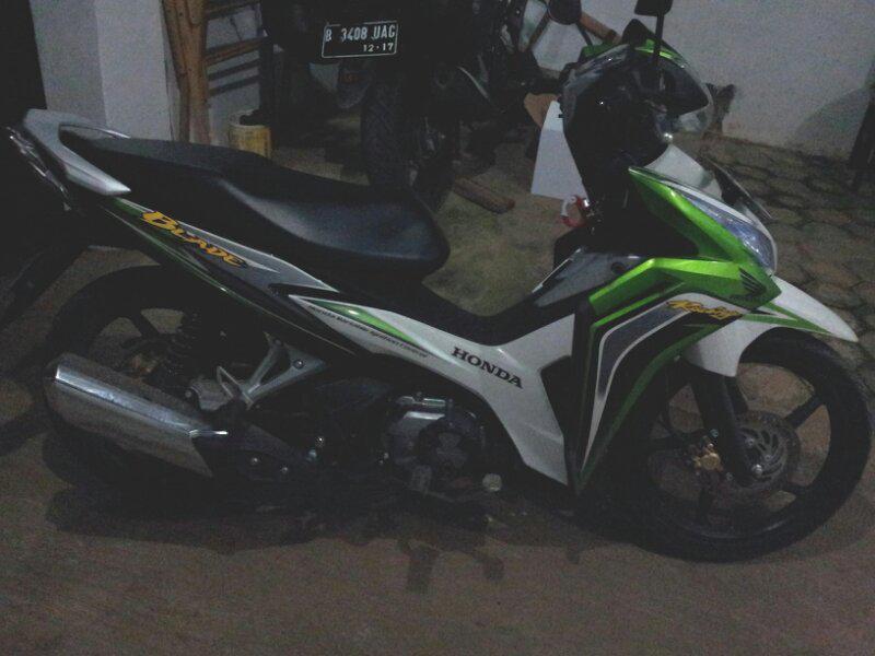 Jual Honda blade DD 2012