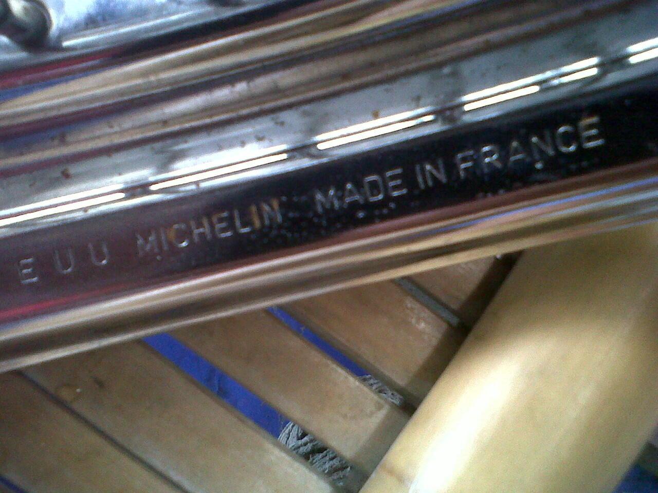 velg lebar merk MICHELIN made in FRANCE tromol yamaha mio bandung