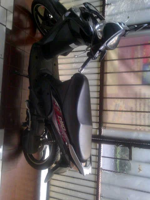 yamaha mio cw hitam 2011