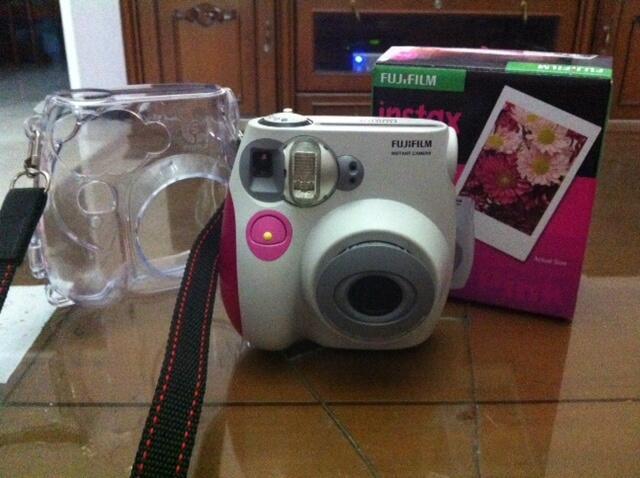 Kamera Polaroid Fujifilm Instax mini 7s Second Mulus