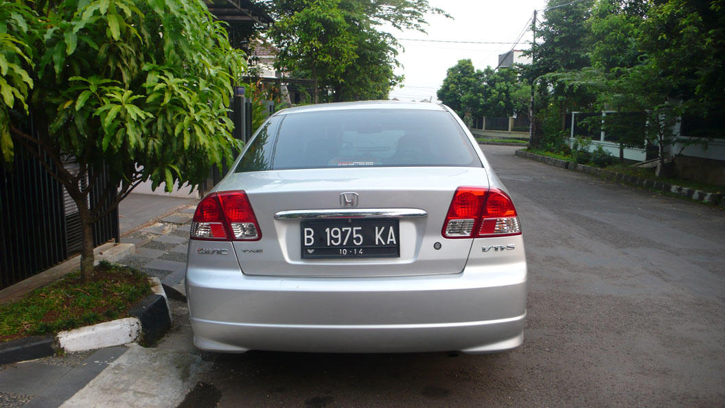 WTS : Honda Civic ES - VTIS / AT 2004 Full Original Antik
