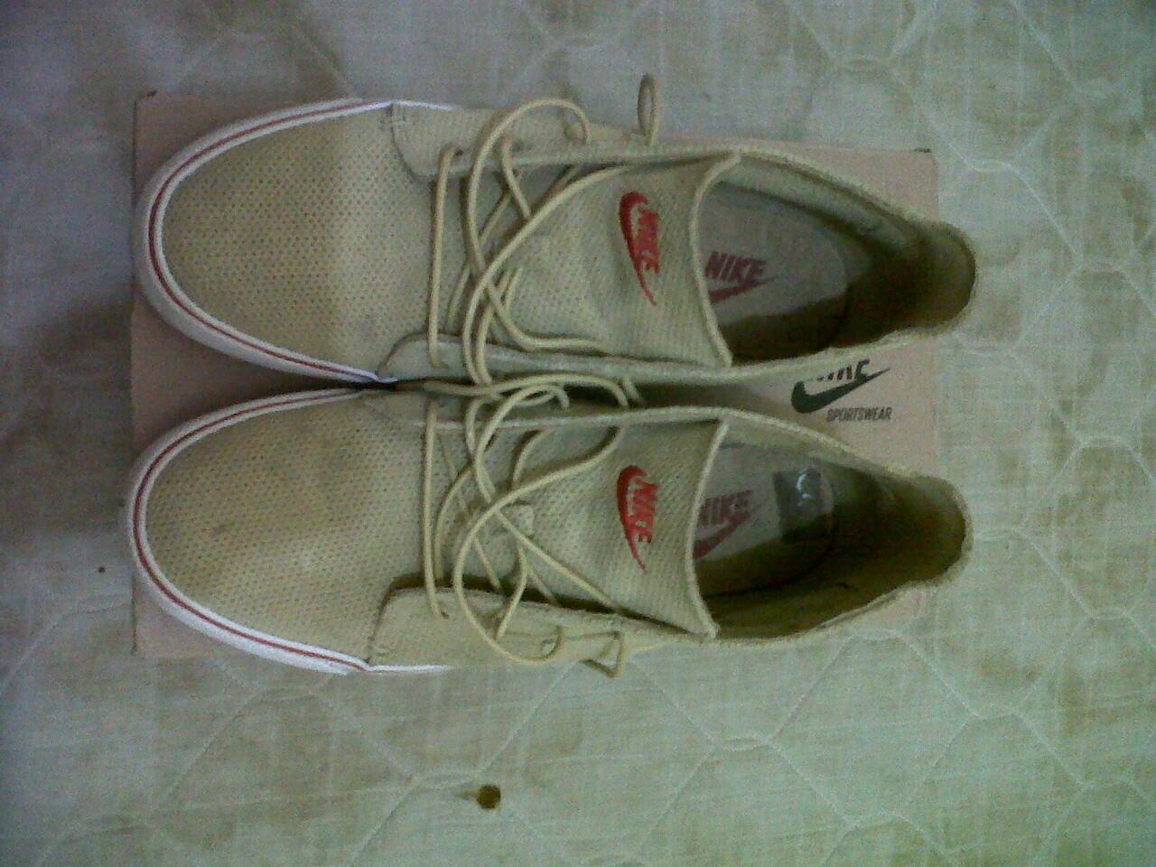 WTS : Sepatu casual Nike TOKI PREMIUM Ori.....!!!