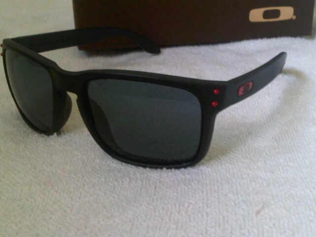 Terjual Sunglasses dan kacamata OAKLEY n RAYBAN KW Super Terlengkap ... cd9e2b51e4