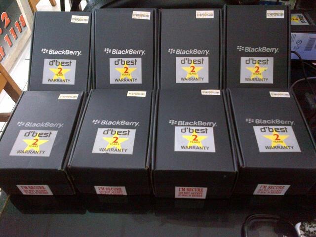 BLACKBERRY TORCH 2 9810 / JENNING OS.7 Touch/ Slide/ Cam 5MP Baru Garansi 2 Tahun