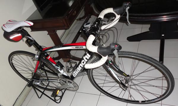 Terjual Jual Sepeda Bianchi via Nirone 7 C2C (2010 Edition