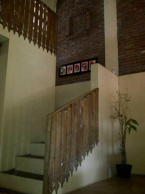 Jual Rumah bergaya Etnik di Solo ( dekat Dengan Hotel Lor In )
