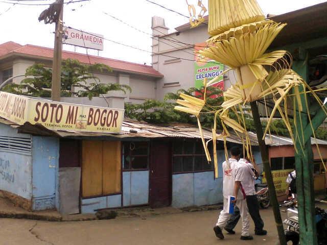 Rumah Strategis di Margonda Cocok untuk Usaha atau Kos