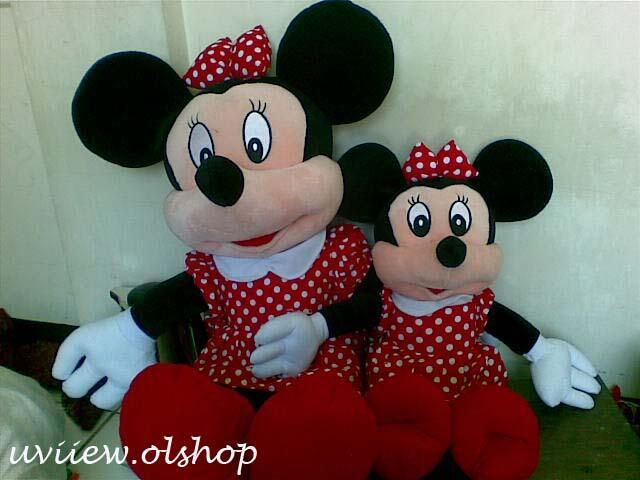 Boneka Mickey dan Minnie