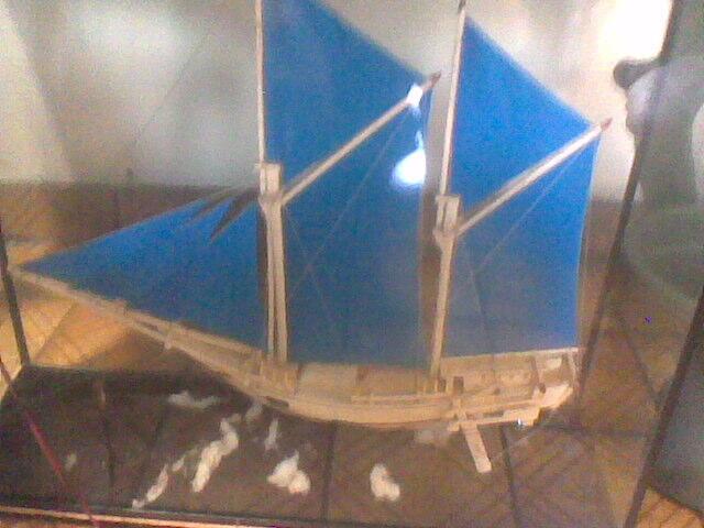 pajangan perahu phinisi asli dari sulawesi