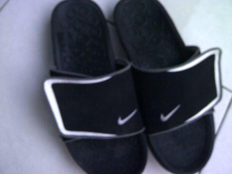 nike land slide sandals
