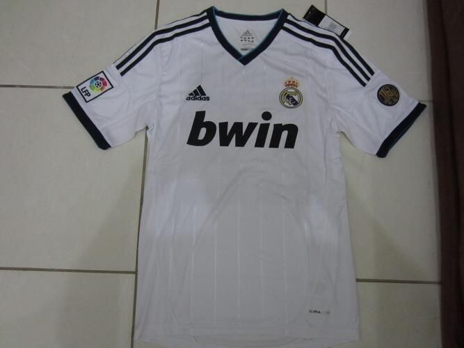 Lelang Murah Meriah Jersey Real Madrid Home size S full patch La Liga + name Ozil