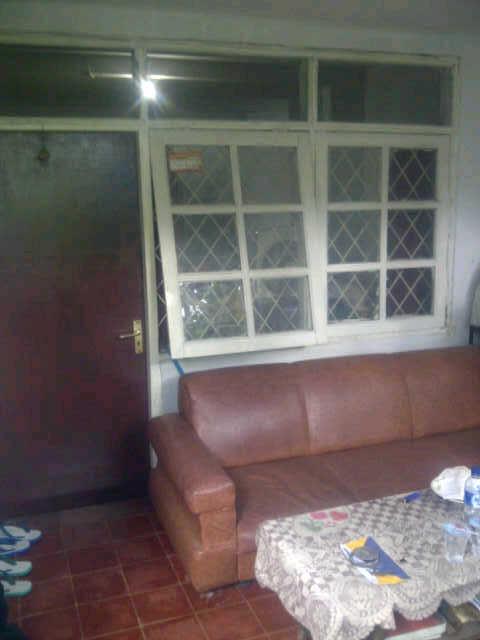 Dijual rumah dekat kantor pajak tb simatupang