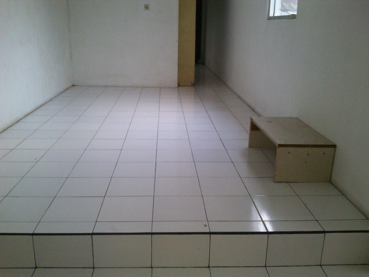 Rumah 3Lt siap huni di dalam komplek perumahan