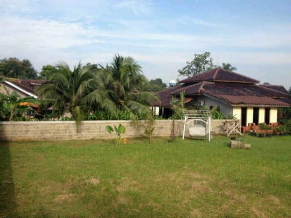 Rumah Halaman Luas jl Cirendeu Pondok Cabe Lebak Bulus Jakarta Selatan
