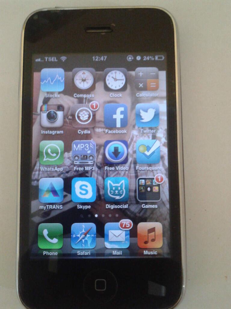 Iphone 3GS 16Gb Black Murah gratis capdase (black + bening) + paket 3 1 c1ffea1e72