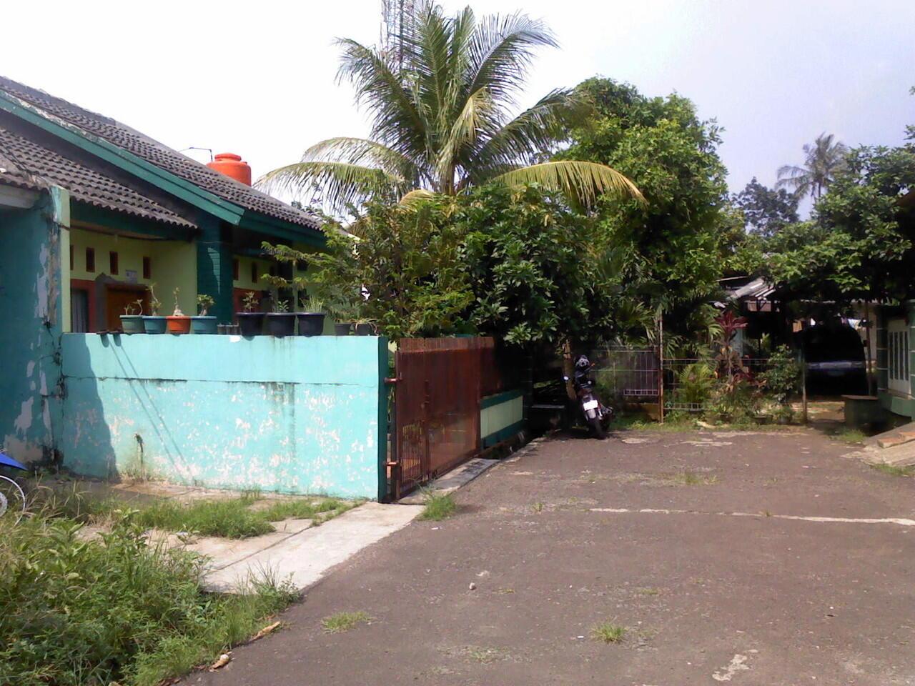 Rumah dijual dekat Stasiun Sudimara.