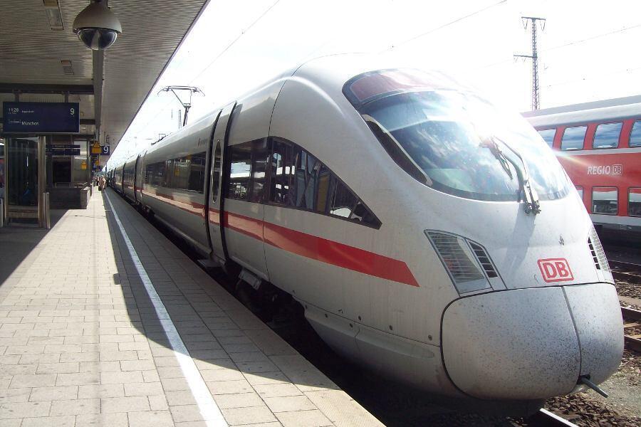 WOW...Begini Rasanya Naik Kereta Secepat Peluru Di Jerman