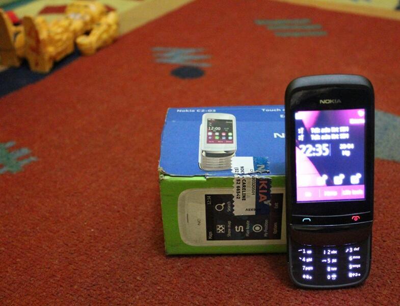 Di jual borongan neh Handphone dan Kamera digital