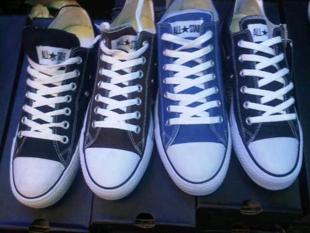 Terjual Sepatu VANS Vans Authentic Era Poplite