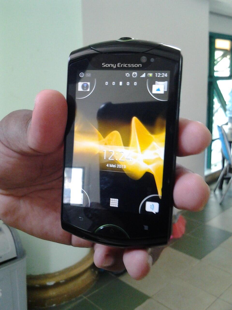 Jual Sony Ericsson Live with Walkman - WT19i (Black) jogja