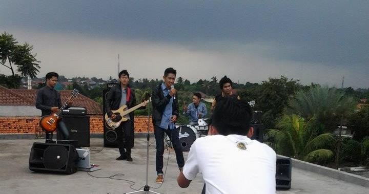 ILUVIA band akhirnya selesai menggarap video klip pertamanya